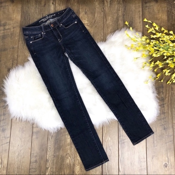 American Eagle Outfitters Denim - American Eagle Skinny Jeans Size 0 Dark Wash